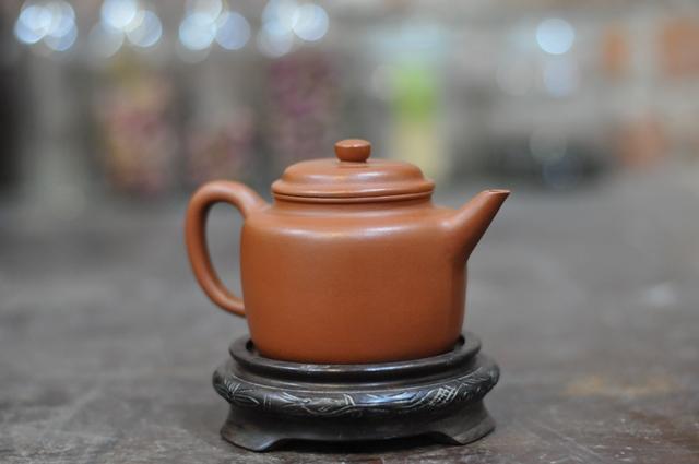 ấm trà tử sa đức trung